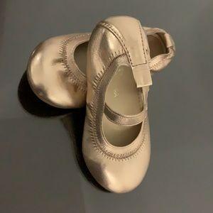Yosi Samra Girl's Shoes.